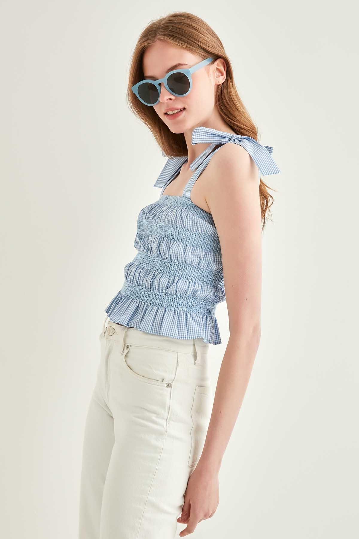 Kroşeta Nakış Detaylı Çizgili Askılı Bluz - Thumbnail